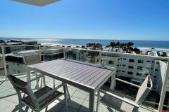 Balcony-Beach-view