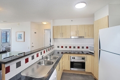 cat-2-2bed-Kitchen area